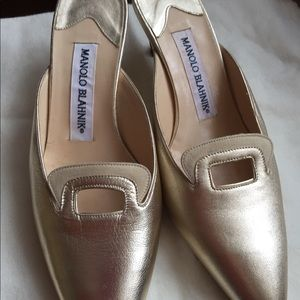 Gold leather Manolo Blahnik mules